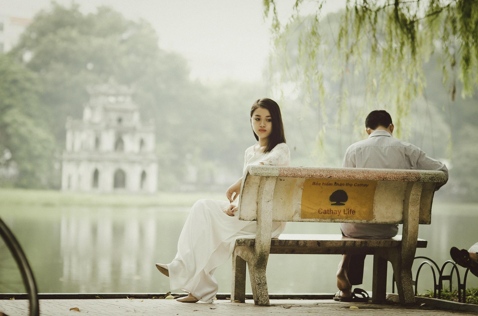couple distant